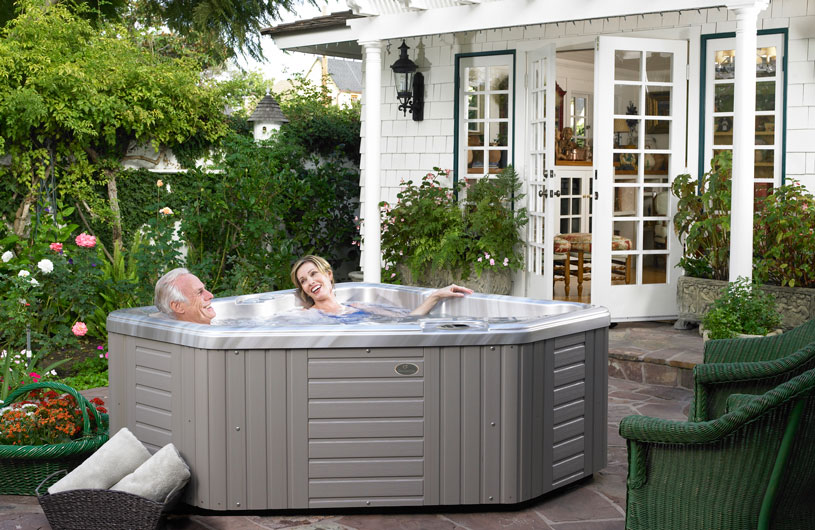health benefits of a hot tub